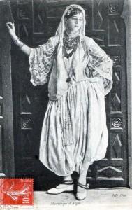 jeune fille algéroise